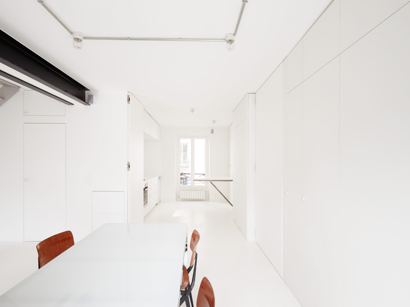 cent15_architecture_blanc_beton_appartement_paris_design_minimaliste