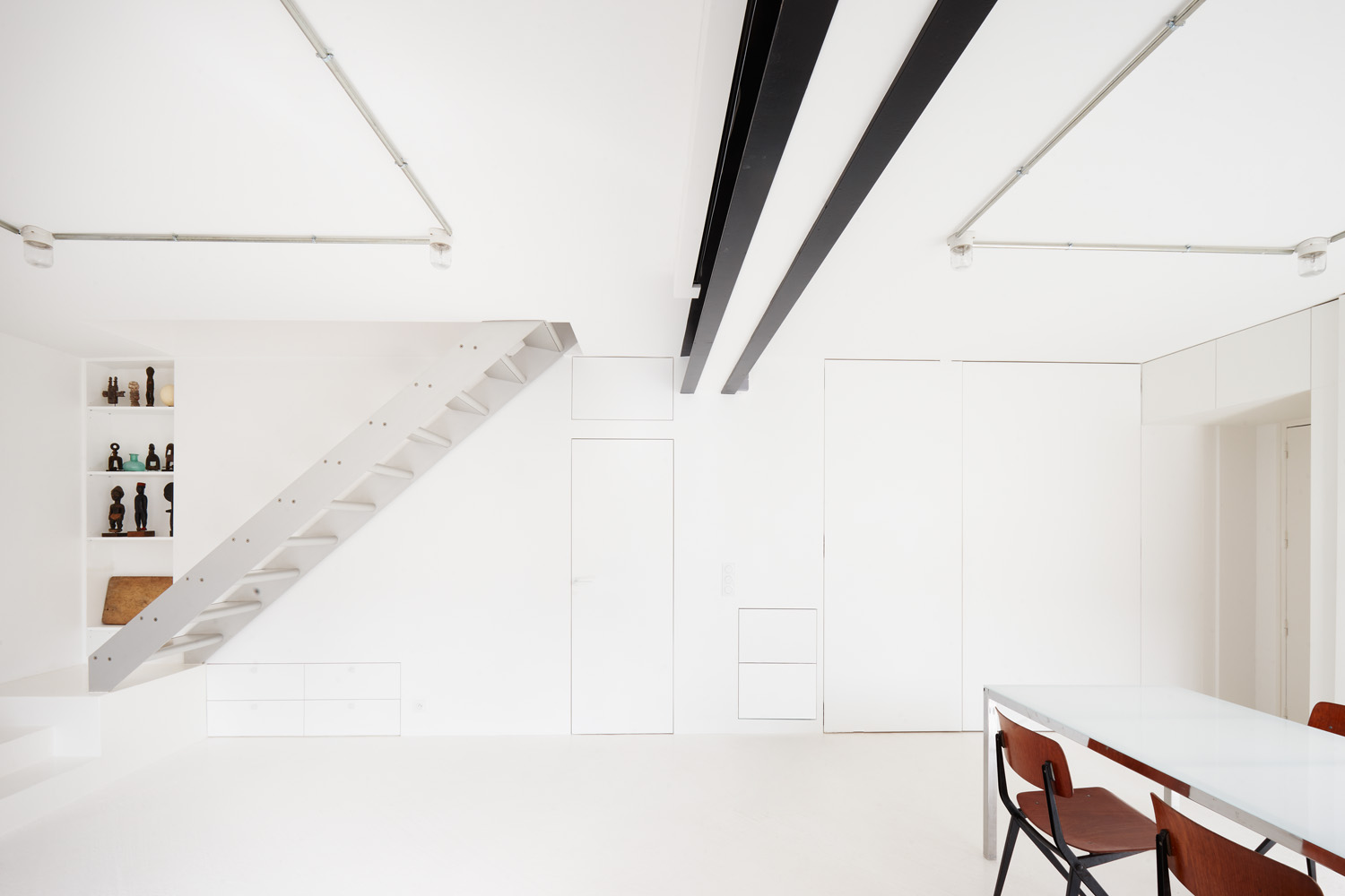 cent15_architecture_blanc_blanc_blanc_beton_appartement_paris