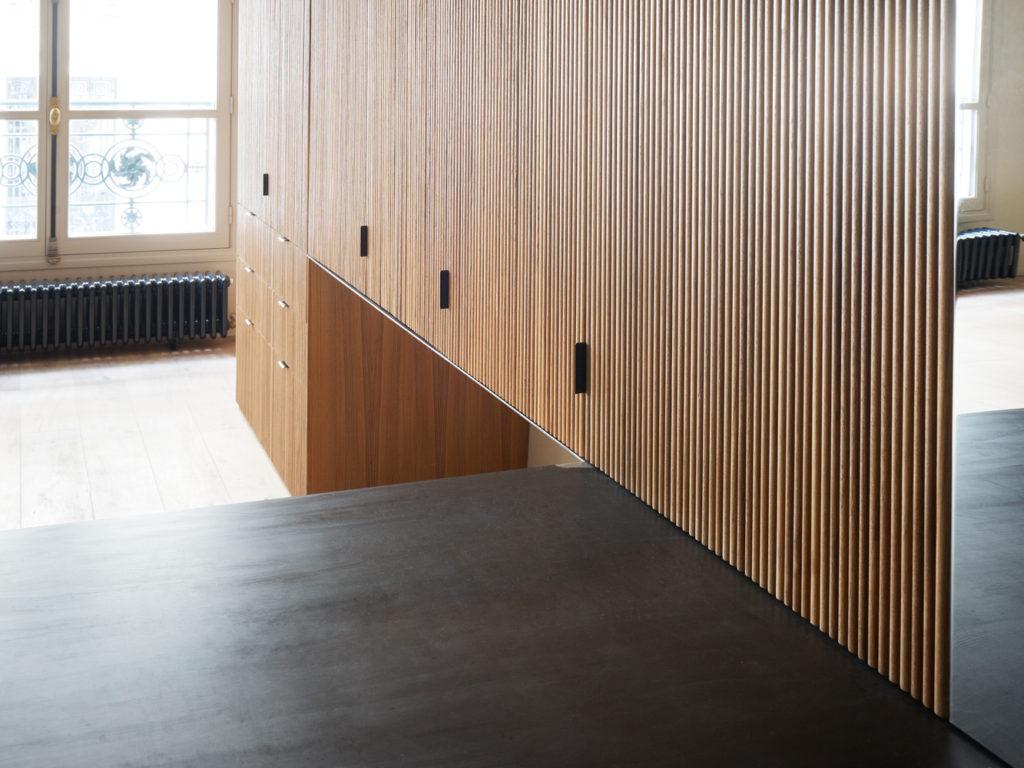 cent15_architecture_bureaux_bois_teck_paris_design_metal_brut