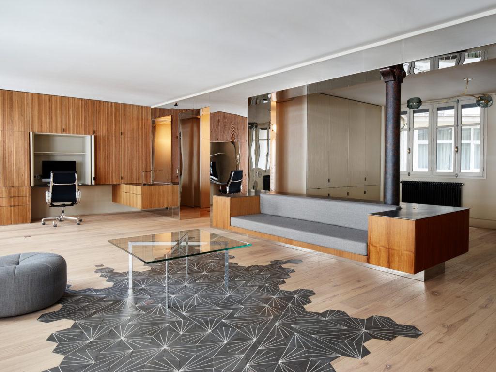 cent15_architecture_bureaux_renovation_bois_teck_paris_miroir_beton_brut